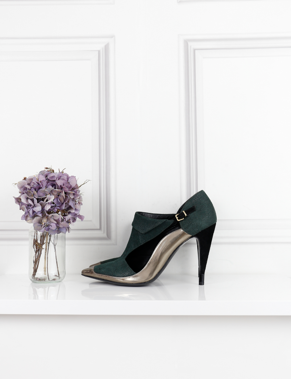ROLAND MOURET SHOES Heeled pumps with metallic edging