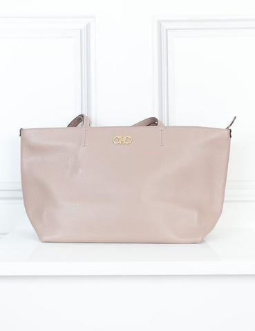 Salvatore Ferragamo light dusty pink zipped tote bag- My Wardrobe Mistakes