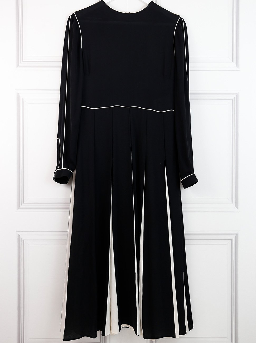 Valentino black monochrome pleated midi dress 10UK- My Wardrobe Mistakes