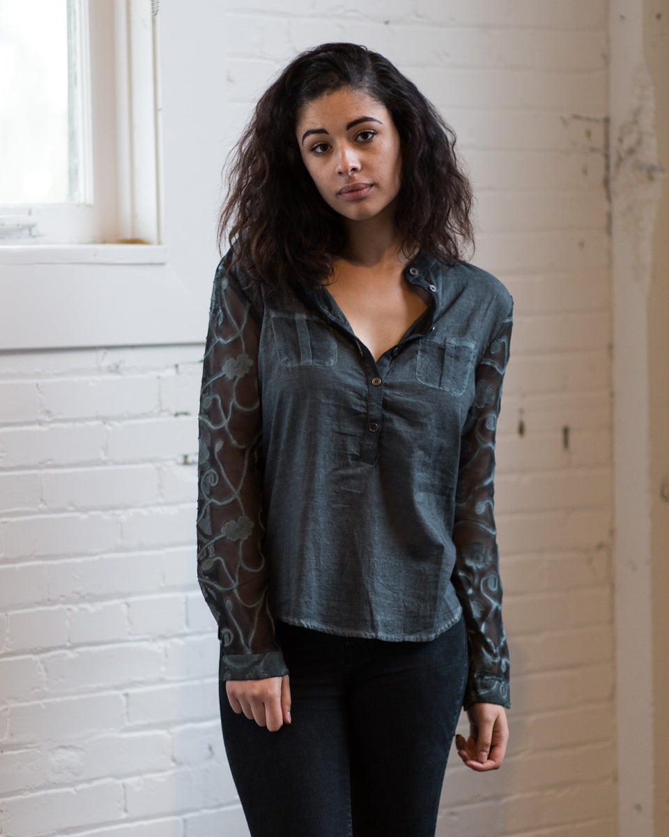 Grey shirt with lace long sleeves by NU Denmark