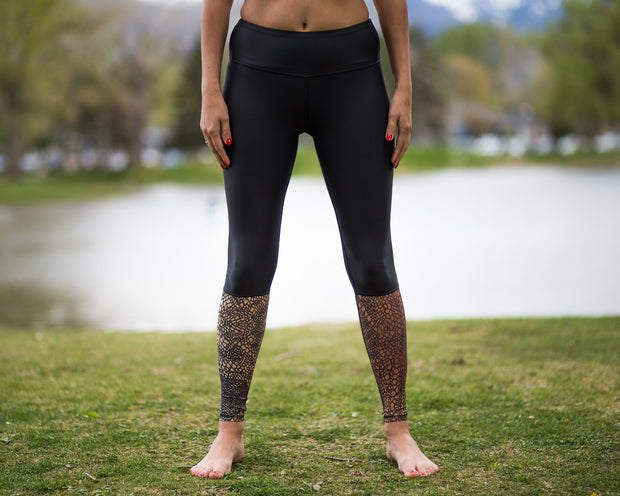 Black yoga print with serrano design by Uintah Collection