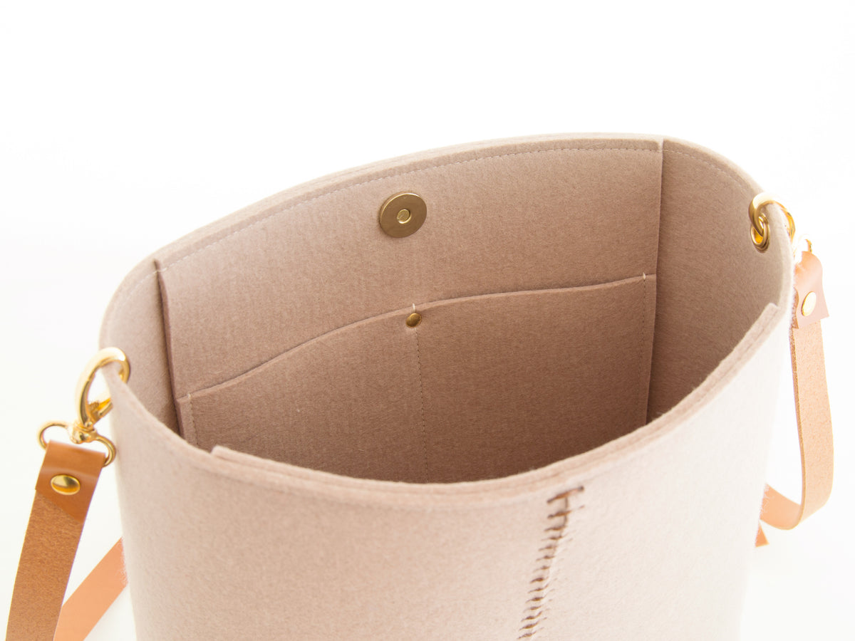 FRONT STITCHING SMALL CROSSBODY BAG - Almond