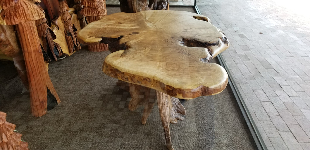Maple Coffee Table, live ege