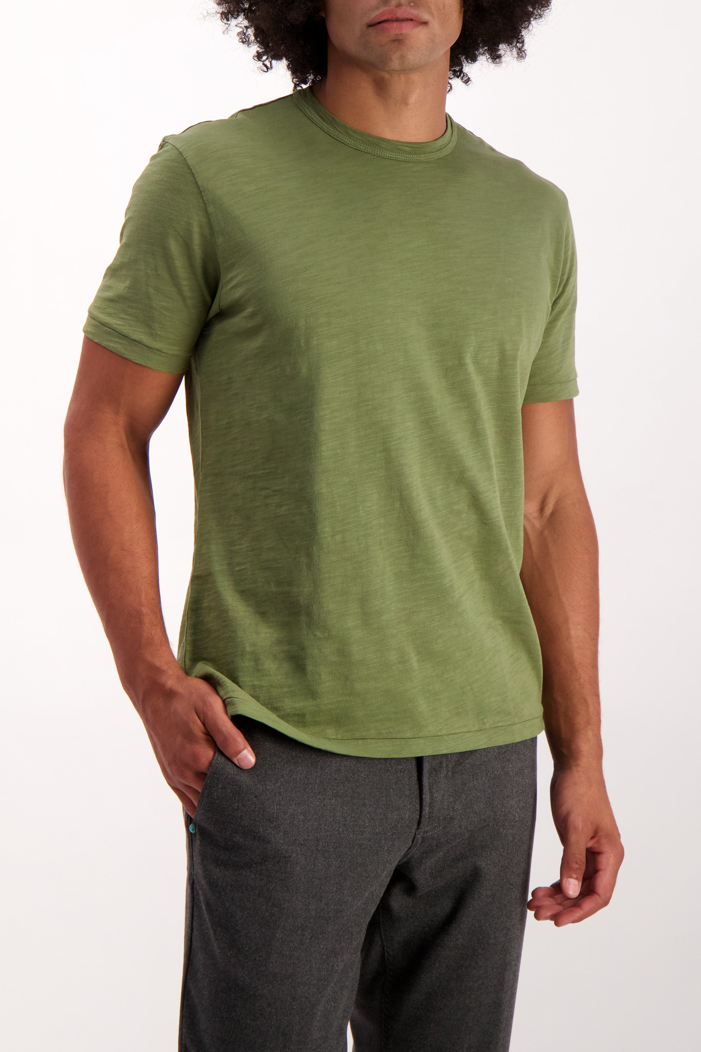 Front Crop Image Of Model Wearing Alex Mill Men's Short Sleeve Slub Cotton Tee Army Green