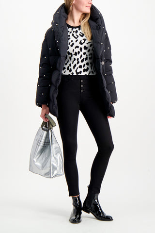 Full Body Image Of Model Wearing Alice & Olivia Ciara Leopard Pullover