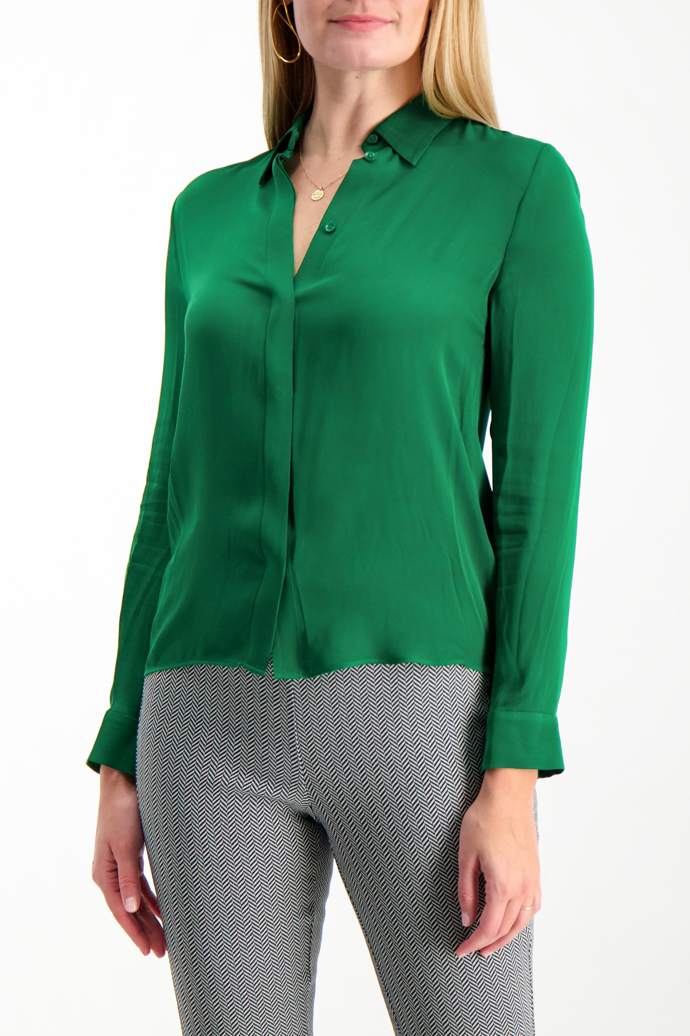 Front Crop Image Of Model Wearing Alice & Olivia Willa Placket Top Basil