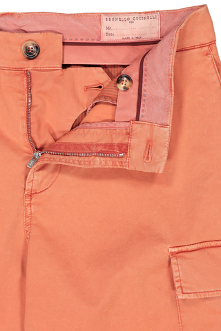 Waistline and zipper detail image of Brunello Cucinelli Cotton/Elastan Cargo Shorts