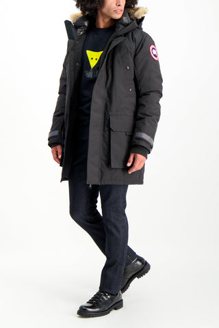Full Body Image Of Model Wearing Canada Goose Men's Erickson Parka Black