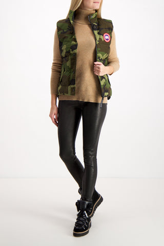 Women's Freestyle Vest In Classic Camo