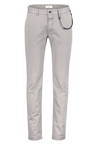 Front view image of CLOSED Clifton Slim Chino Shade Grey