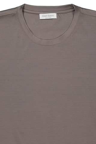 Front collar detail image of Gran Sasso Men's Classic T Shirt Brown