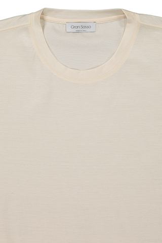 Front collar detail image of Gran Sasso Men's Classic T Shirt Ivory