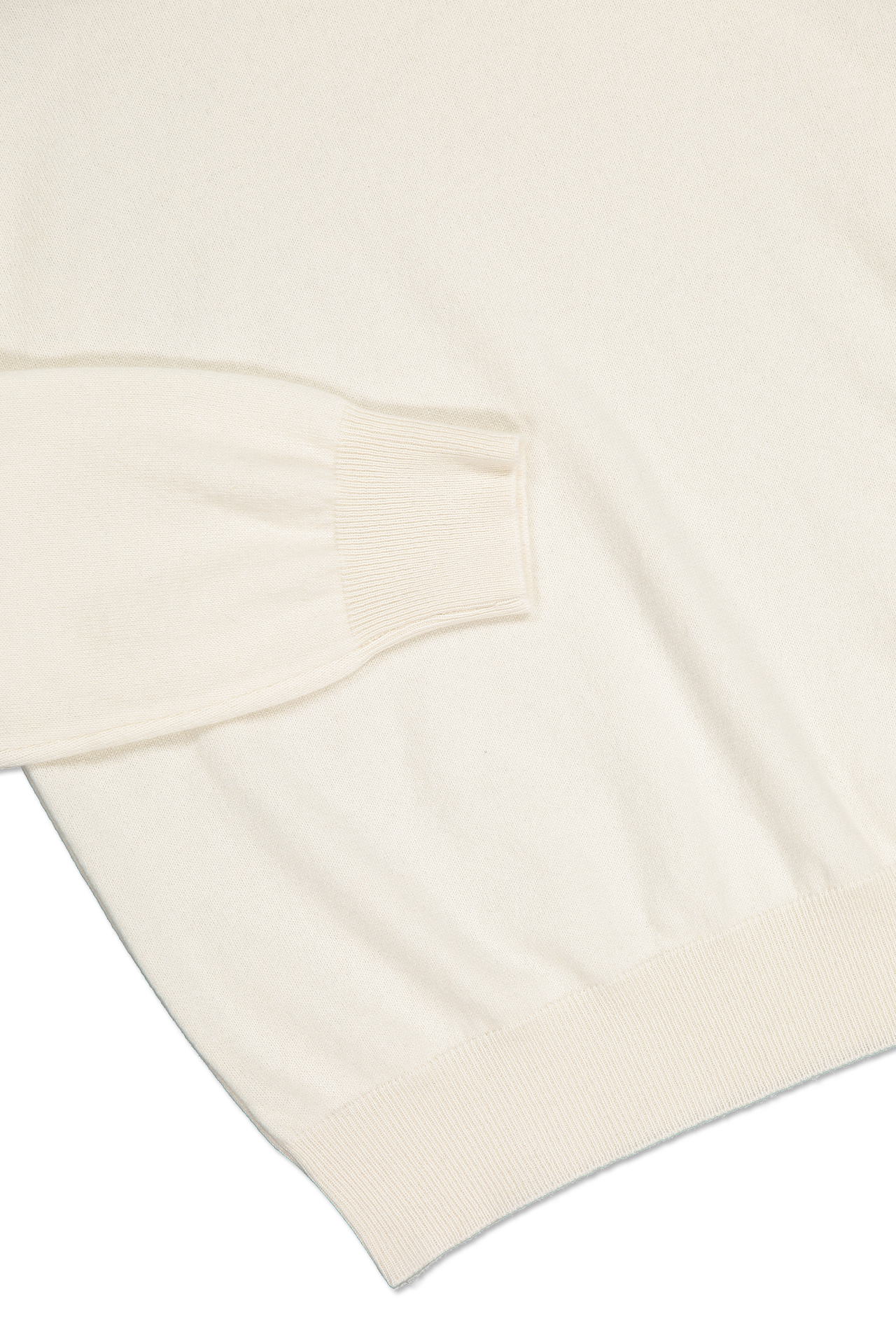 Hemline and cuff detail image of Gran Sasso Turtleneck Sweater Ivory