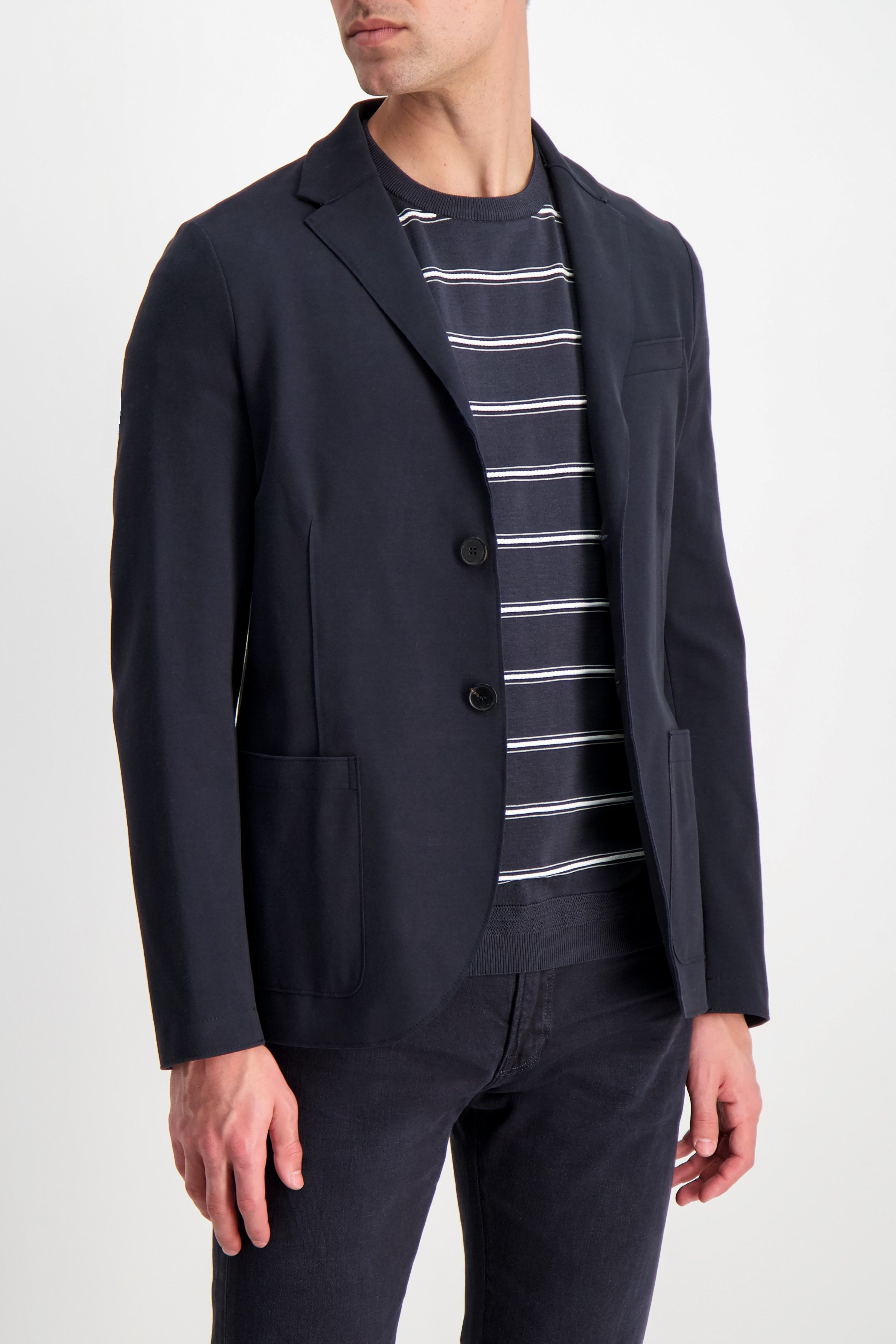 Front crop image of model wearing Harris Wharf London Men's Blazer Peached Cotton Blue