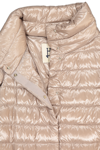 Front collar detail image of Herno Women's Classic Nylon Hilo Jacket Taupe