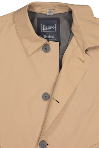 Front collar and button detail image of Herno Men's Gortex City Trench Camel