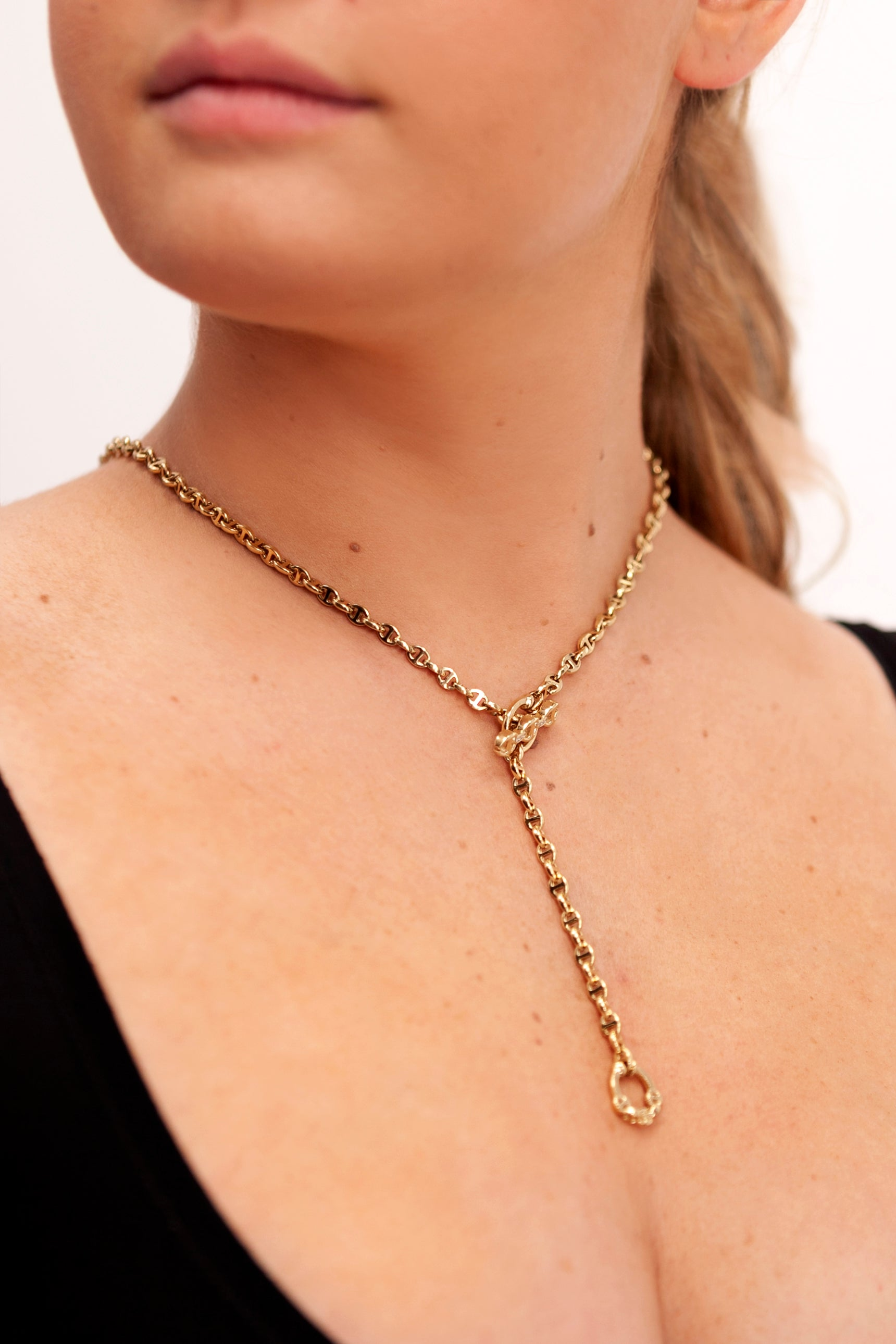 Image of Hoorsenbuhs 3mm Open Link Necklace on model