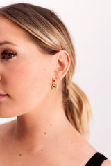 Image of Hoorsenbuhs Klaasp Earrings on model