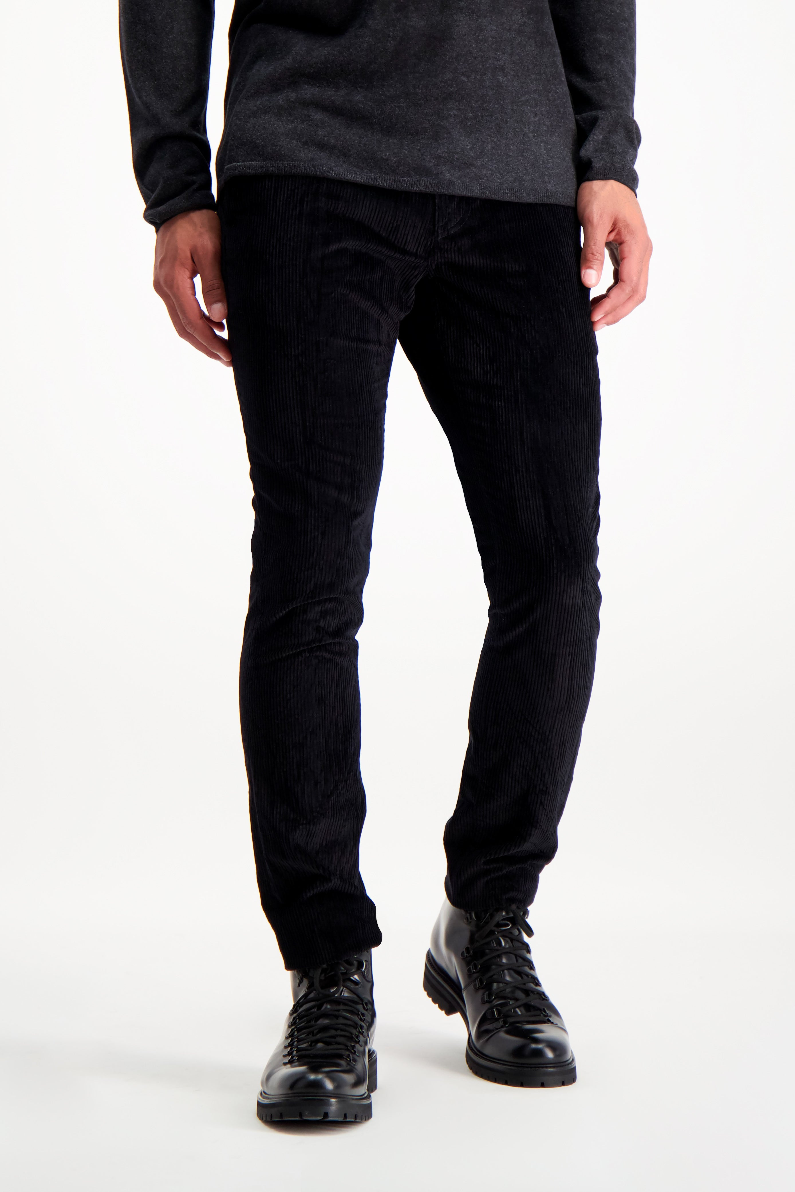 Front Crop Image Of Model Wearing John Varvatos Men's Motor City Jean with Zip Fly Black