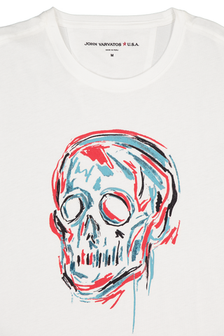 Neckline Detail Image of JV Star USA Color Skull T-Shirt