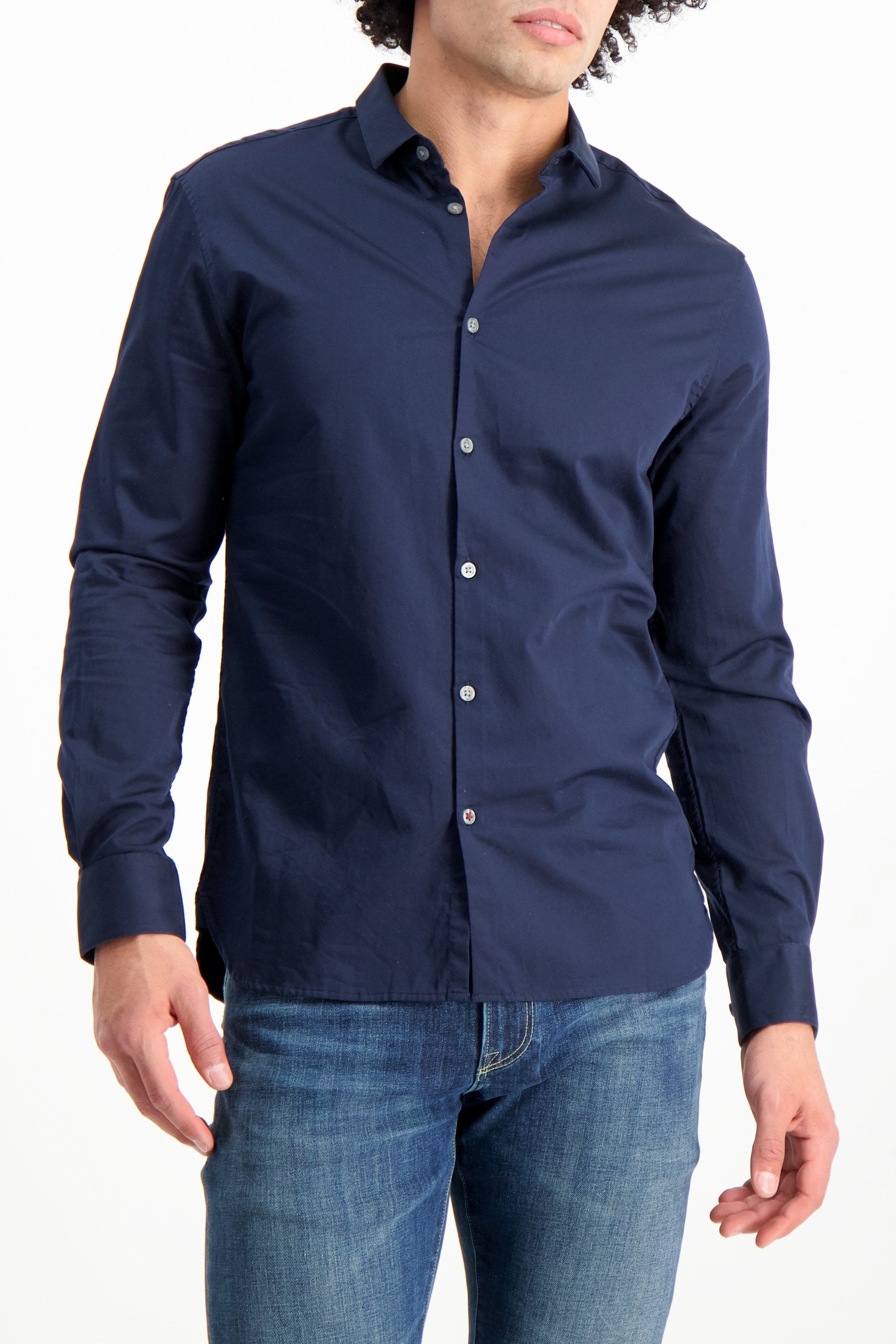 Front Crop Image Of Model Wearing JV Star USA Men's Ross Bluff Edge Sport Shirt Navy