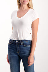 Front Crop Image Of Model Wearing Short Sleeve Becca V-Neck Tee