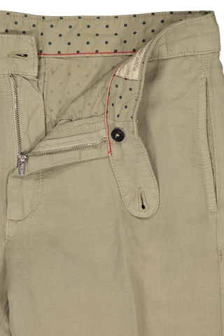 Waistline and zipper detail image of Massimo Alba Cotton Linen Trouser Olive