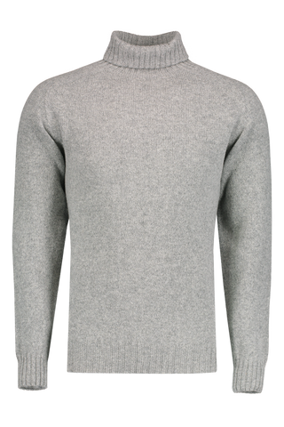 Front Image Scottish Wool Seamless Turtleneck