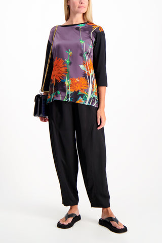 Full Body Image Of Model Wearing See By Chloé Elastic Waist Harem Pant