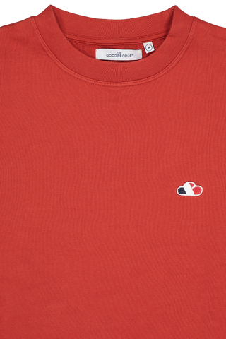 Front collar detail image of The GoodPeople Liam Sweatshirt Red