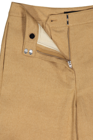 Zipper and button detail of Theory Clean Trouser Hay Beige