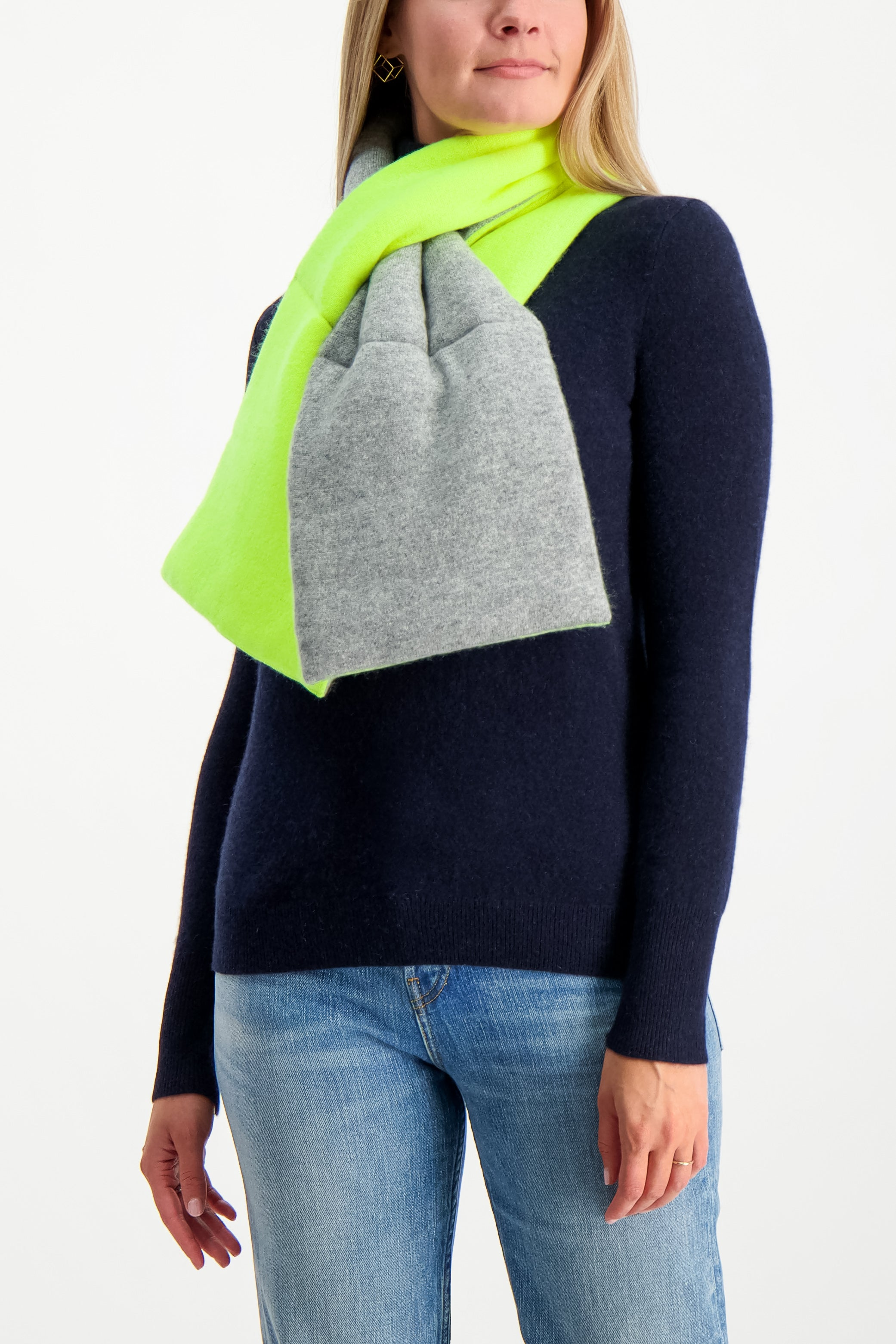 Puffer Scarf Grey/Neon Pineapple