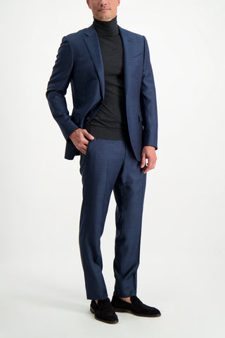 Full Body Image Of Model Wearing Ermenegildo Zegna Achillfarm Milano Suit