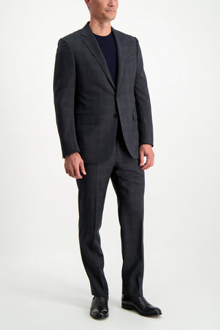 Full Body Image Of Model Wearing Ermenegildo Zegna Charcoal Suit