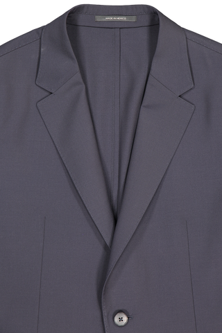 Front collar and lapel detail image of Z Zegna Techmerino Wash & Go Suit Navy