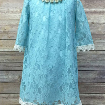 Floral Lace Dress With a Pearl Necklace - Turquoise
