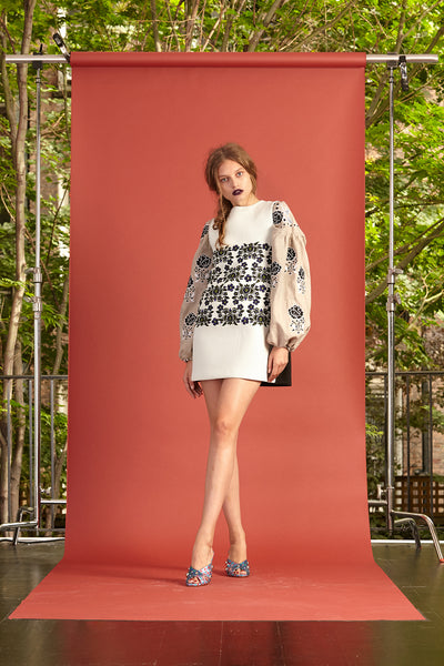 Cynthia Rowley Resort 2017 look 18 featuring a black and white printed long sleeve mini dress