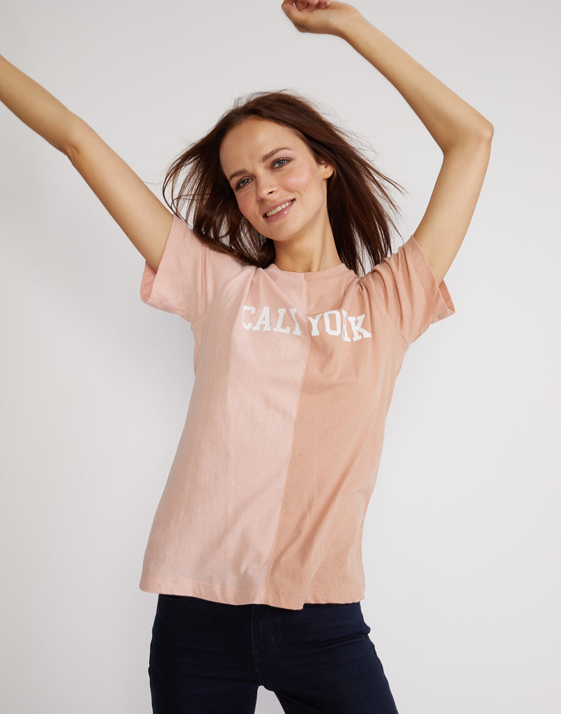 Front detail view of the short sleeved half beige, half pink caliyork tee in soft cotton.