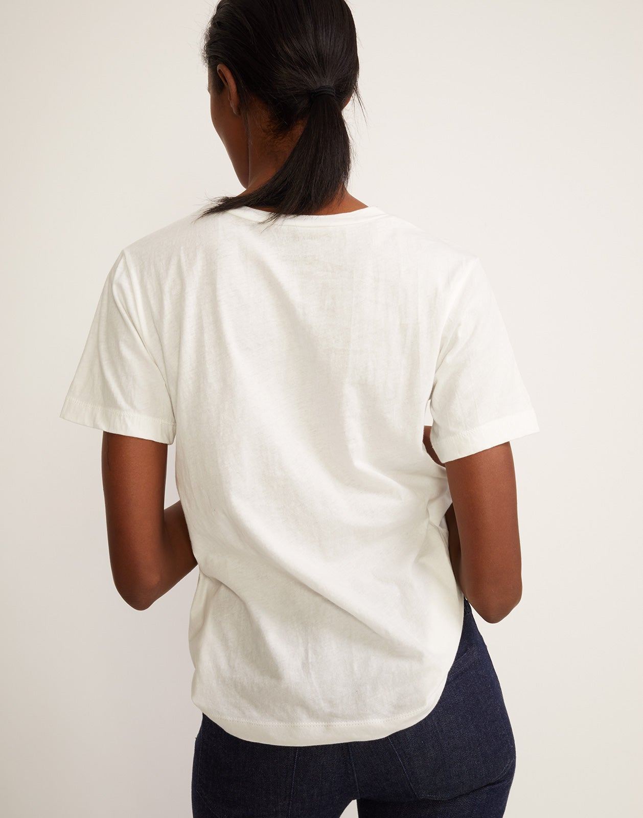 Back view of 'buttercup' printed tee.