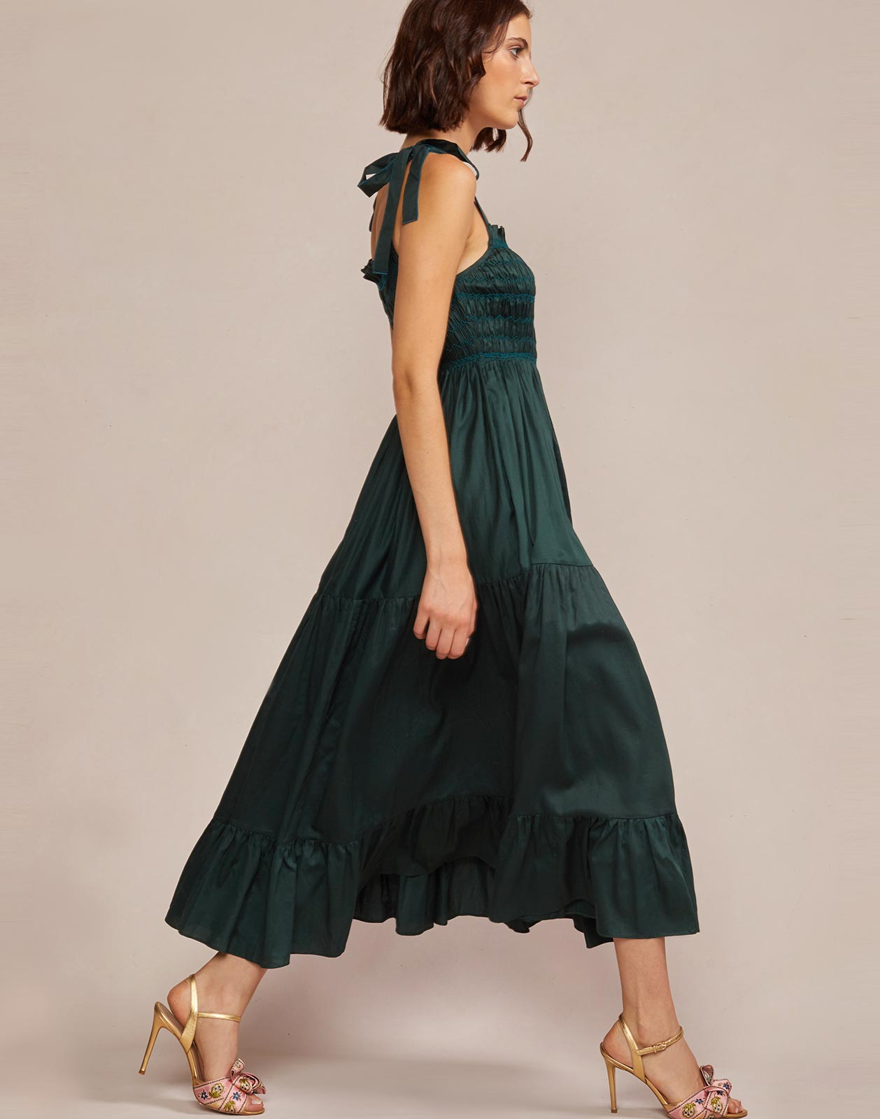Side view of tiered skirt maxi dress