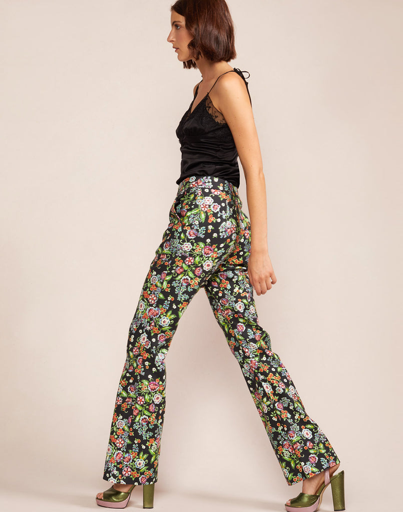 SIde view of garden floral Thea pant
