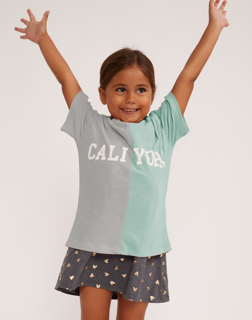 Kid's CaliYork Tee in half grey and half white.