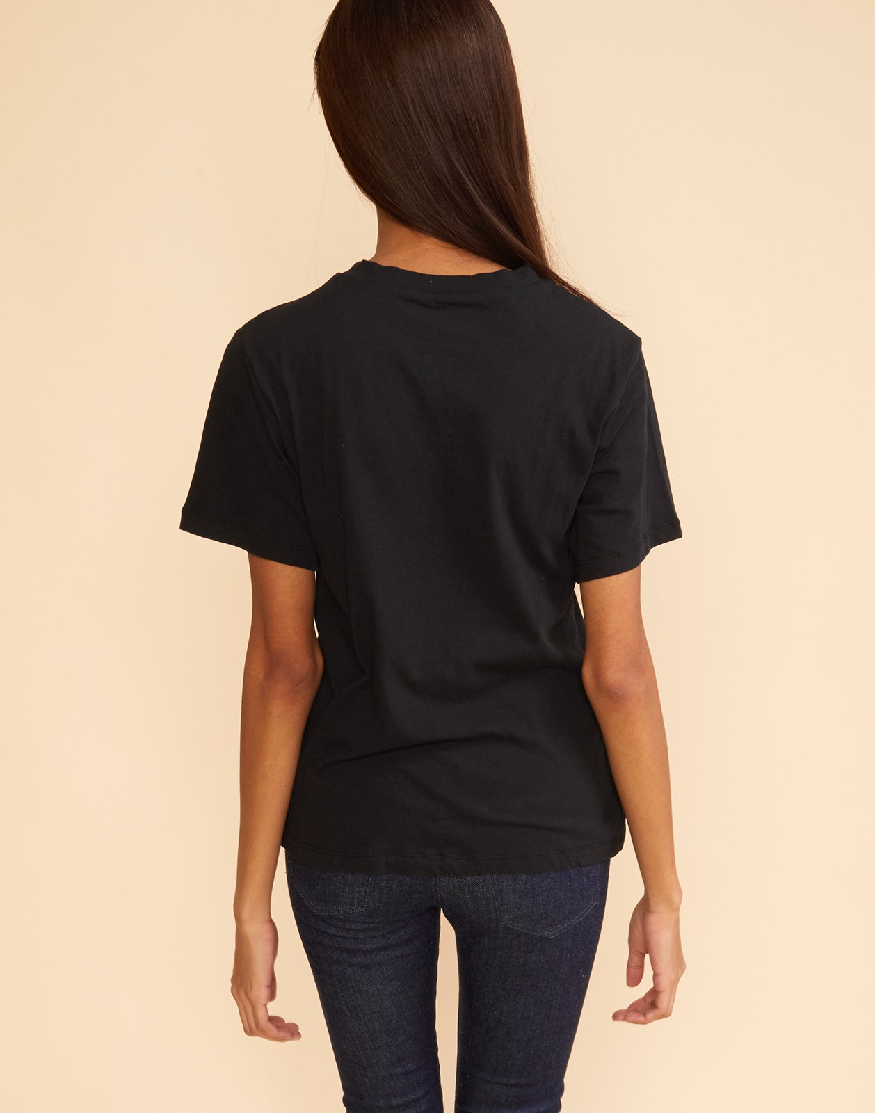 Back view of 'momtauk' in solid black cotton