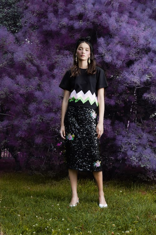 Cynthia Rowley Resort 2018 Look 15 featuring a black sequin skirt and t-shirt with chevron stripes