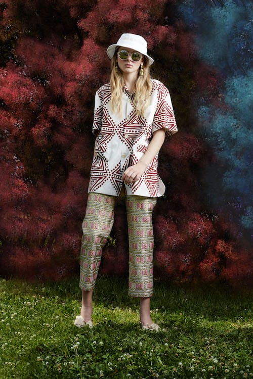 Cynthia Rowley Resort 2018 Look 2 featuring metallic brocade pant and printed cotton cabana shirt