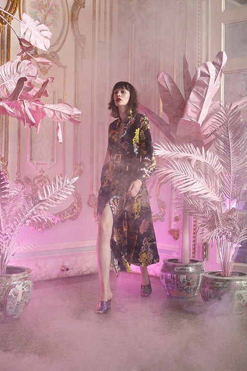 Cynthia Rowley Resort 2016 look 17 featuring a long shirt dress in floral print silk twill with leather belt
