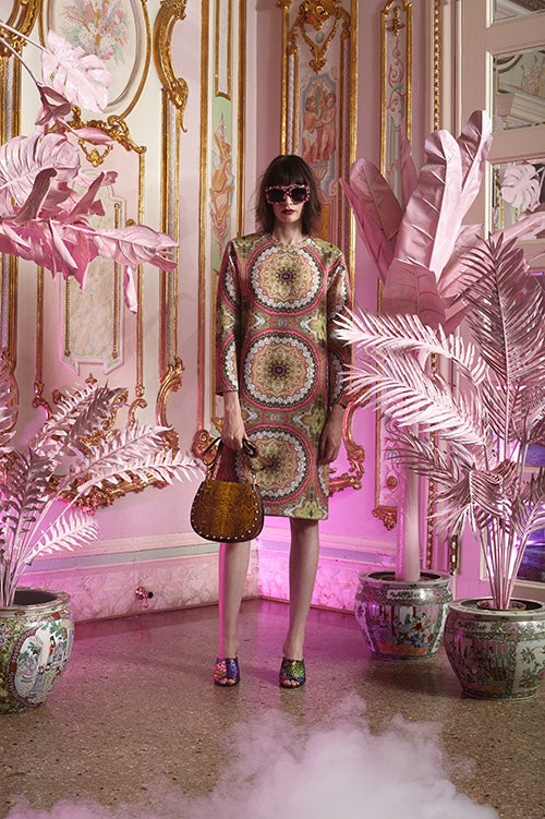 Cynthia Rowley Resort 2016 look 20 featuring a paisley printed bonded nylon shift dress with long sleeves