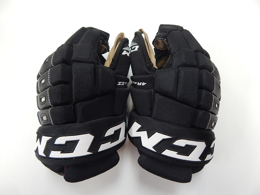 "13"" CCM Pro 4 Roll Gloves – CHICAGO BLACKHAWKS"