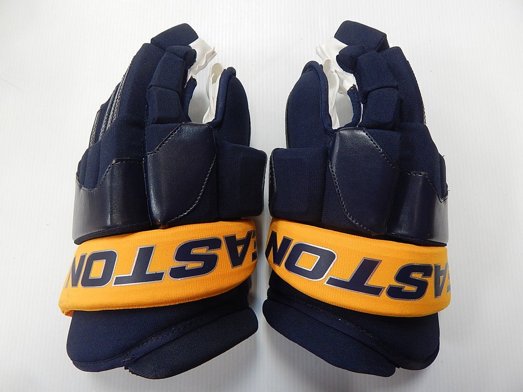 "15"" Easton Mako Gloves – BUFFALO SABRES"