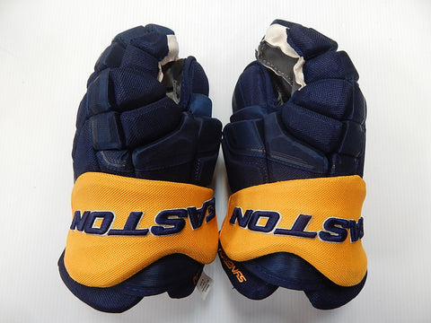 "15"" Easton Synergy Gloves – BUFFALO SABRES"
